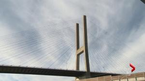 "Alex Fraser bridge could be closed by ""ice bombs"""