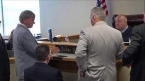Adrian Peterson's lawyer wants a speedy trial