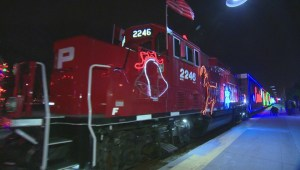 Raw video: CP Holiday Train comes to Montreal West