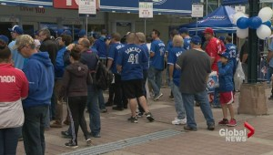Jays fans pack the Dome again for second game against Texas Rangers