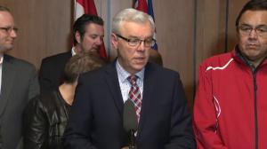 Manitoba Premier Greg Selinger refuses to step down