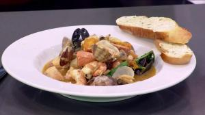 How to make West Coast fisherman stew