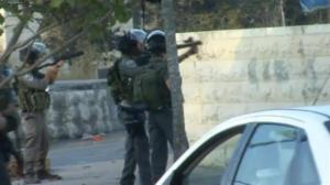 Raw video: Israeli troops open fire on rock-throwing protesters in West Bank