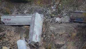 Train derailed into Fraser River near Yale, B.C.