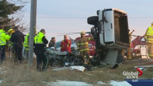 Two people seriously injured in crash east of Calgary