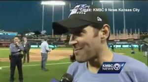 Paul Rudd invites Royals fans back to his mom's house for a kegger after ALCS