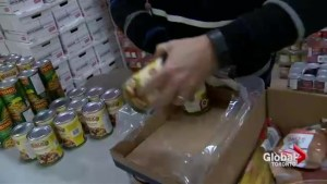 Food drive recipient gives back to others in need