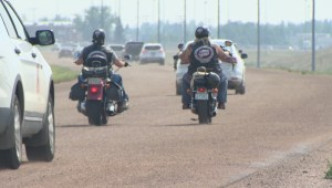 Regina motorcyclists calling road maintenance pilot project dangerous