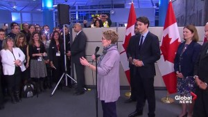 Kathleen Wynne talks about the first Syrian refugees to arrive in Canada