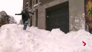 Montreal kids enjoy rare snow day