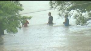 5 dead after torrential rains flood Texas