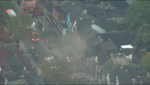 Crews battle 2-alarm fire on Kensington Avenue near Dundas