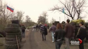 Easter truce broken in Ukraine as gunmen stormed pro-Russian checkpoint