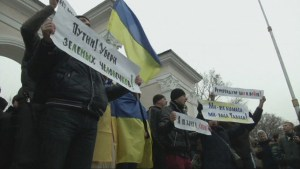 Situation tense as Crimea readies for referendum