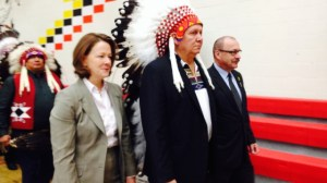 Tsuu T'ina and province officially sign southwest ring road deal
