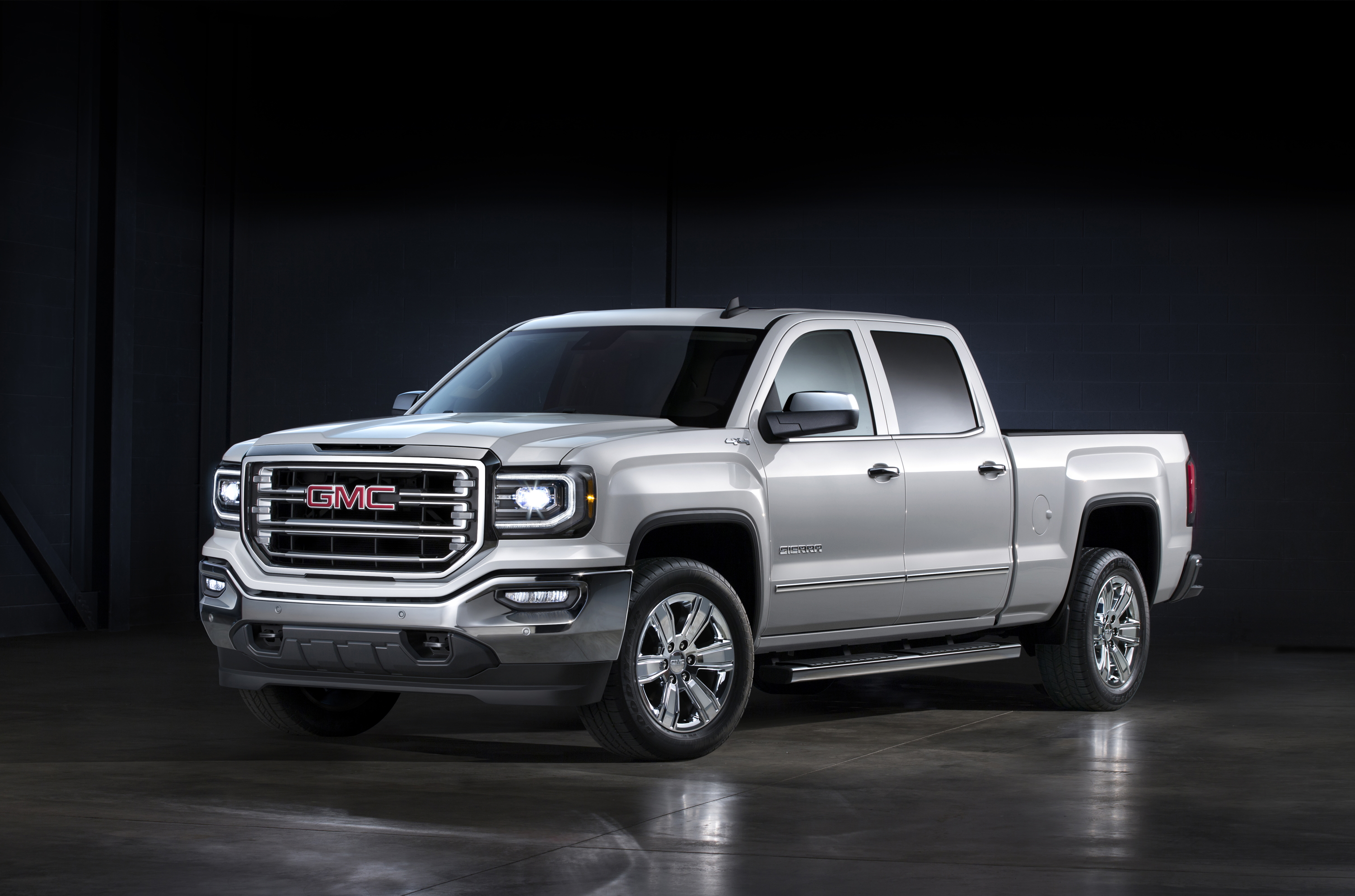 29022017 The 2017 GMC Sierra Offers Enhanced Tech and Safety Features