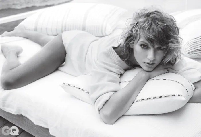 Foto Seksi Dalaman Taylor Swift Dengan Baju Menerawang di Majalah GQ 3