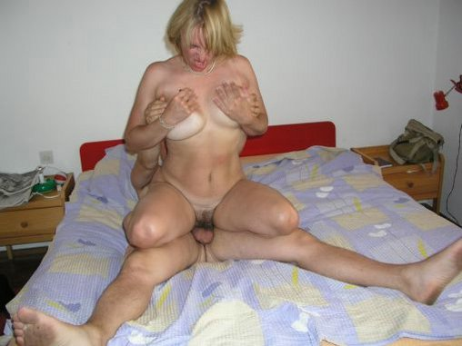 amateur wife swallow
