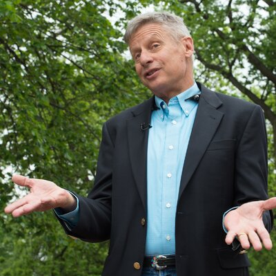 US Libertarian Party presidential candidate Gary Johnson speaks to AFP in Washington, DC, on May 9, 2016.