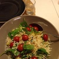Gnocchi med kronärtskockscreme, spenat & pinjenötter