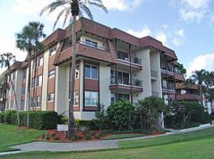 Countryside In Clearwater Florida-55 plus condo complex