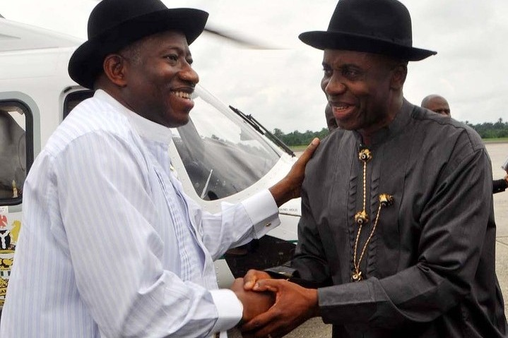 President Goodluck Jonathan and Governor Rotimi Amaechi... in Port Harcourt [file]