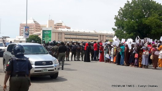 Bring Back Our Girls protesters being stopped by the Nigeria Police