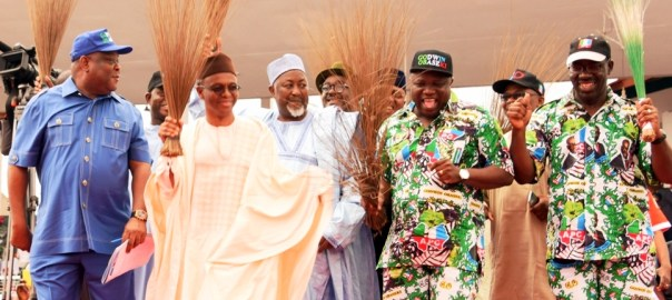 FILE PHOTO: R-L: All Progressives Congress (APC) Gubernatorial Candidate, Mr. Godwin Obaseki; Lagos State Governor, Mr. Akinwunmi Ambode; his Jigawa & Kaduna States counterparts, Alhaji Badaru Abubakar; Malam Nasir El-Rufai and APC National Organising Secretary, Mr. Osita Izunaso during the Edo State APC Grand Finale Campaign at the Samuel Ogbemudia Stadium, Benin, on Tuesday, September 6, 2016.