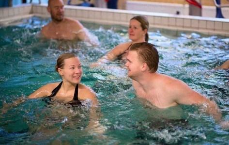 parvattengymnastik vattengymnastik gravidträning förlossningsförberedelse