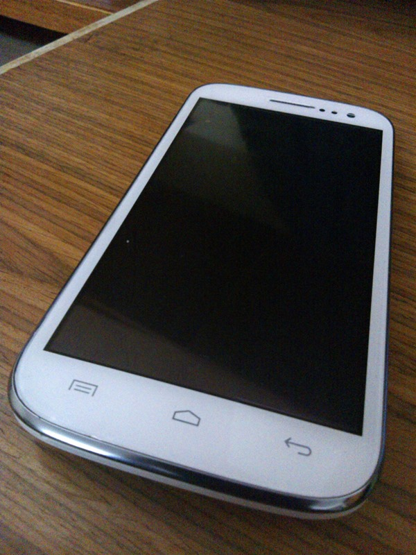 Micromax_Canvas_HD_A116-Front