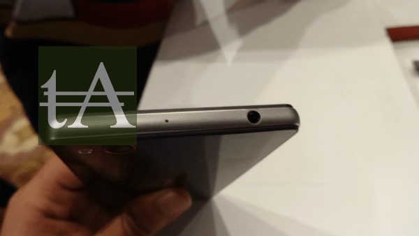 ZTE Nubia Z9 Mini Audio Port