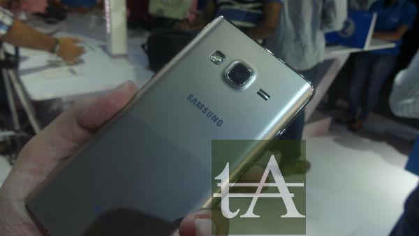 Samsung Z3 Rear