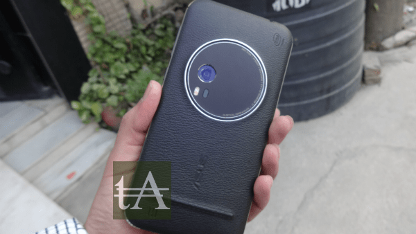 Asus-ZenFone Zoom Rear Camera