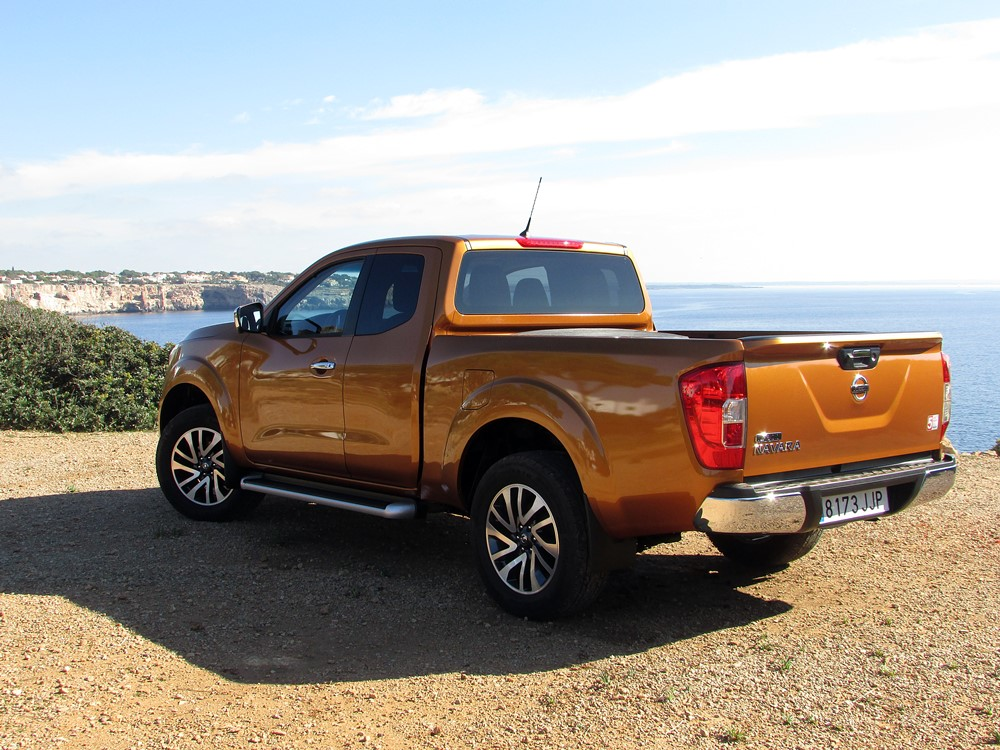 bon coin nissan navara nissan navara chosen as the official car for rainforest. Black Bedroom Furniture Sets. Home Design Ideas