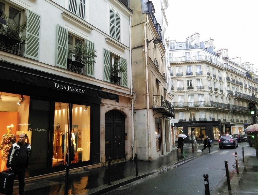 Rue des Saint Pères Paris