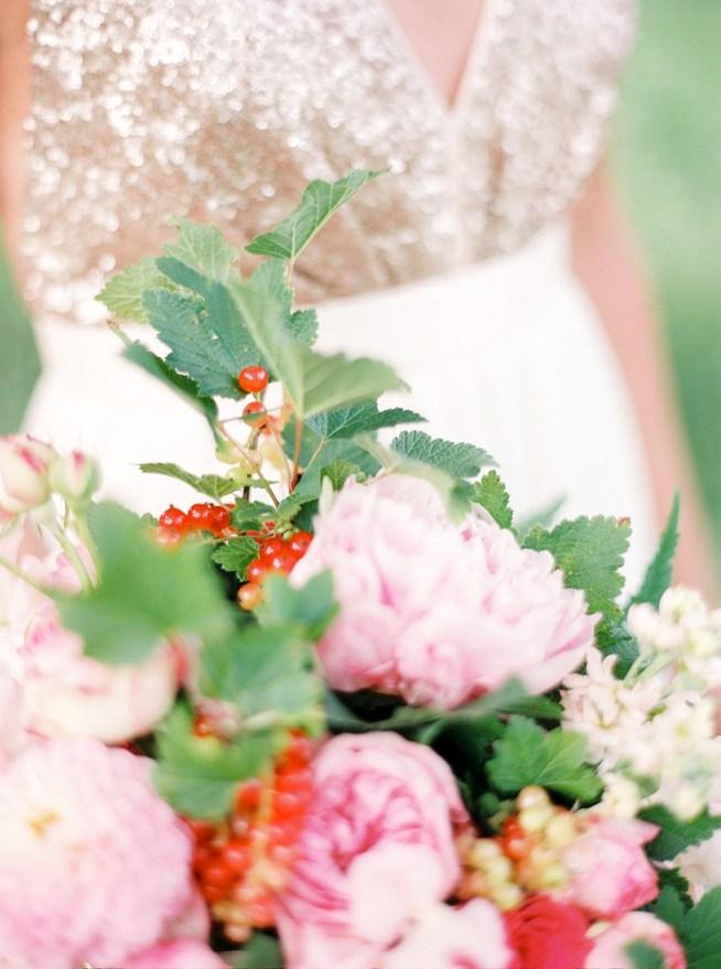 Coral_Wedding_Inspiration_2BridesPhotography_022