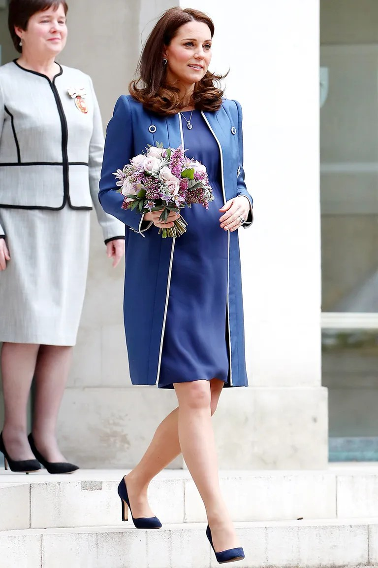 Kate Middleton Is Really Sticking with Blue Maternity Clothes     Kate Middleton Is Really Sticking with Blue Maternity Clothes