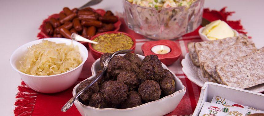 Världens godaste potatissallad och köttbullar