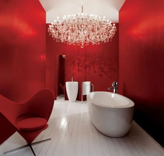 bathroom so red!