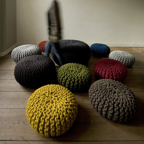 granny chic - knitted poufs