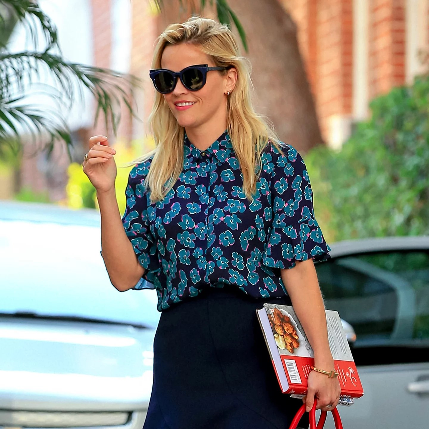 Reese Witherspoon Work Outfit Inspiration   POPSUGAR Fashion