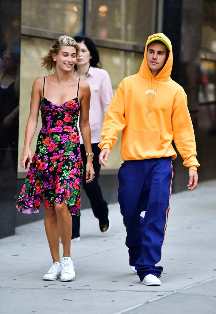 Hailey Baldwin Floral Dress With Justin Bieber August 2018     Hailey Baldwin Floral Dress With Justin Bieber August 2018