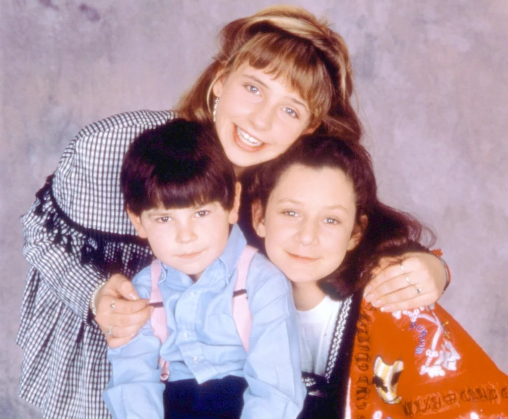 How Many Kids Did Roseanne Have on the Show    POPSUGAR Entertainment How Many Kids Did Roseanne Have on the Show
