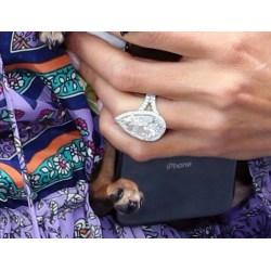 Enamour Engagement Rings 2018 Popsugar Fashion Engagement Rings Ago Engagement Rings Short Fingers