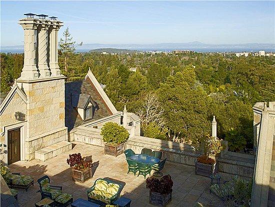 Chiltern Grand California mansion