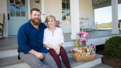 Cushty Ben Erin Napier Hgtv Home Town Today 180124 Tease 01 D86d837d395108fabc991a9450eacdbd Hgtv Home Town Hosts Hgtv Home Town Couple