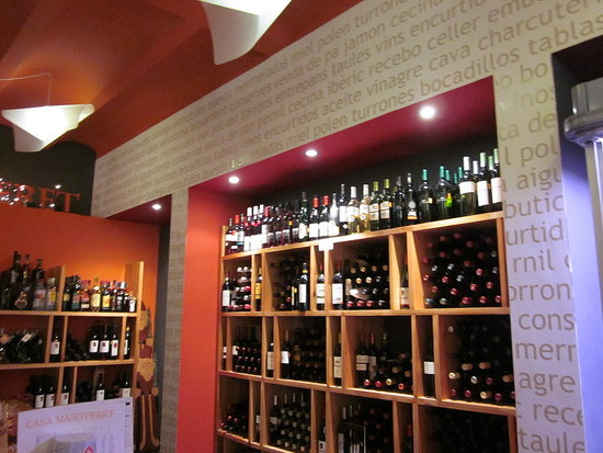 Wine bar in Morilla