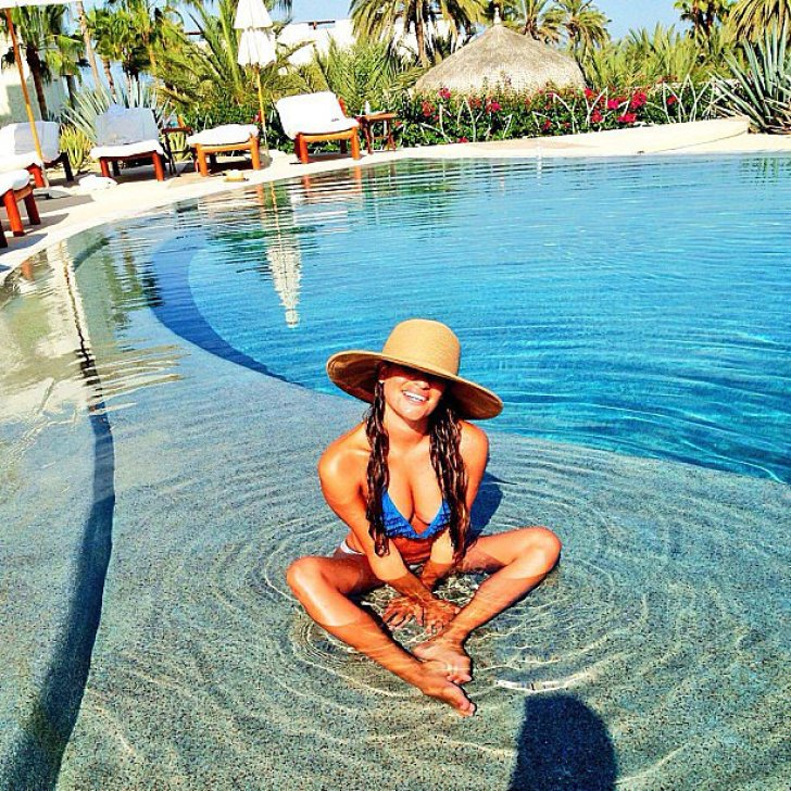 Lea Michele relaxed in the pool during a vacation in Cabo with girlfriends.<br /> Source: Instagram user msleamichele<br />