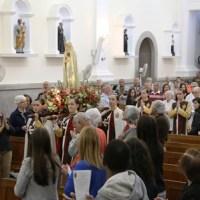 Os Arautos do Evangelho homenageiam a Maria e a Pátria