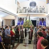 Paróquia de Santa Edwiges em Nova Friburgo homenageia a padroeira